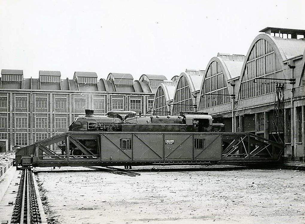 depot de la plaine des histoires de trains le web des cheminots. Black Bedroom Furniture Sets. Home Design Ideas