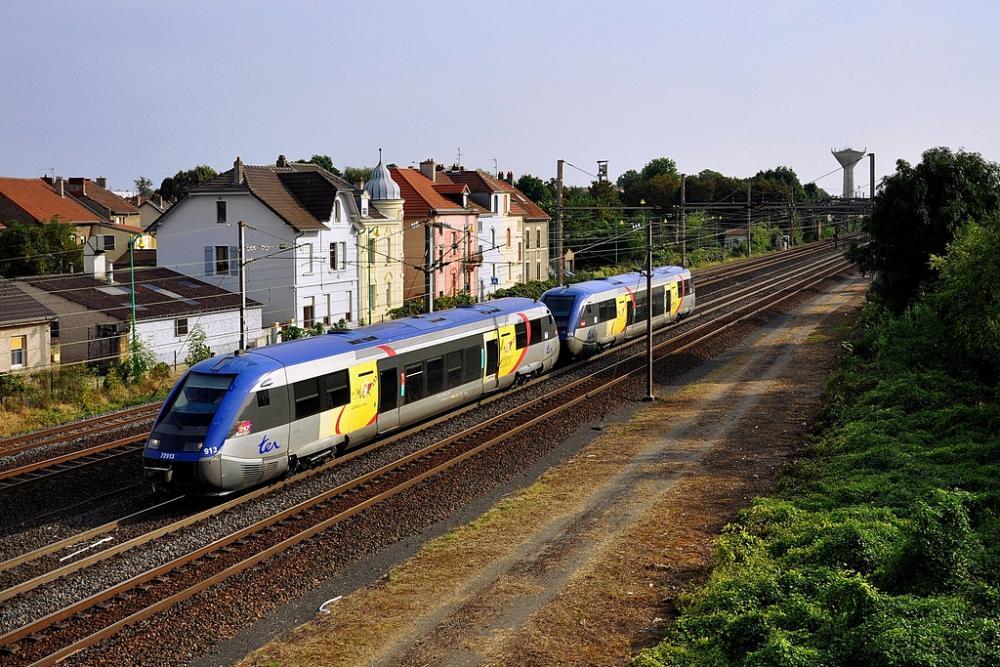 A-TER Métrolor à Maizières.jpg