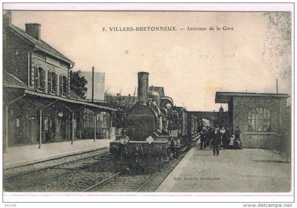 072_001_villers-bretonneux-interieur-de-la-gare.thumb.jpg.67071d1a28b7684765a340c6562f52e5.jpg